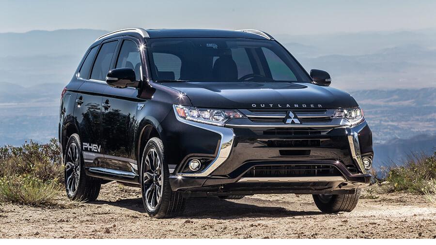 """מיצובישי אאוטלנדר PHEV החדש. ה-SUV הירוק של 2019 לפי מגזין רכב בארה""""ב. בקרוב בישראל. צילום: מיצובישי"""