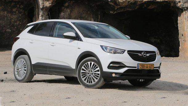 קבוצת PSA ניצבת בסוף 2018 כיצרנית הרכב האירופאית הרווחית ביותר. אופל גרנדלנד - הצלחה מסחררת אחרי גסיסה מתמשכת. צילום: שטח