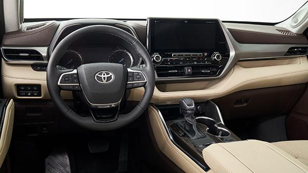 טויוטה היילנדר חדש - כל חדש מהשלדה ועד למערכות הבטיחות האקטיביות. רכב חדש עם גרסה היברידית. צילום: טויוטה