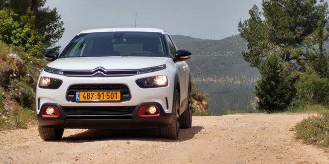 מבחן דרכים סיטרואן קקטוס - רכב חדש בשבילך. צילום: רוני נאק