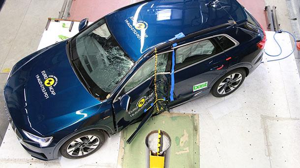 אאודי ETRON רכב הפנאי החשמלי של אאודי - תיכף יעלה לכבישי ישראל (בחיפוש אחרי עמדות טעינה). צילום: NCAP