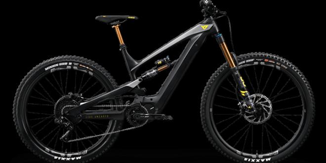 YT DECOY - אופני קצה פול קרבון וכמובן חשמליים שלא תוכלו לקנות - בגלל תקינה וקשיי הובלה ומשלוח. אבל היי יש הרבה אופציות אחרות. צילום: YT