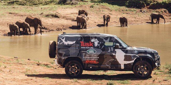 לנד רובר דיפנדר החדש יוצא למשימה באפריקה. צילום: JLR