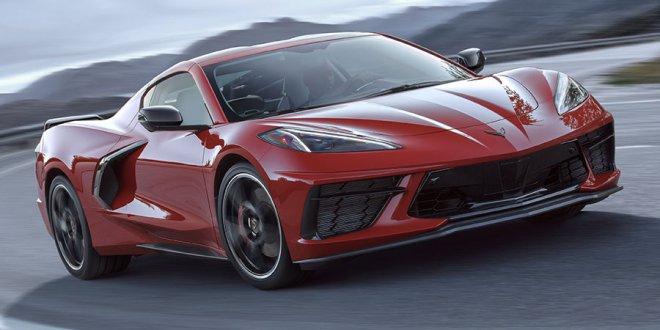 שברולט קורבט סטינגריי החדשה. מנוע מרכזי, שלוש שניות ל-100 ופחות מ-60 אלף דולרים. צילום: GM
