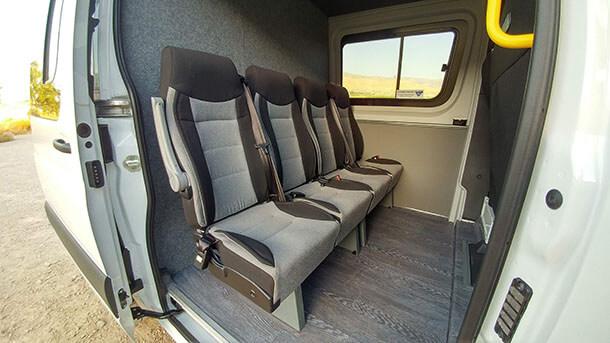 """דור חדש ומתקדם של מרצדס ספרינטר לראשונה עם הנעה קדמית, 9 הילוכים, מערכות בטיחות אקטיביות ופיקוד קולי - מדהימה. צילום: יח""""צ"""