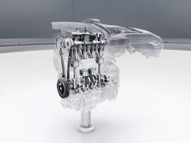 """הנה מנוע ה-1.33 ל' טורבו שמפיק כאן 163 כ""""ס ו-25 קג""""מ. פרי פיתוח משותף עם רבוצת רנו/ניסאן ועם טכנולוגיית ניתוק צילינדרים. הוכיח עצמו חסכוני ביותר בנסיעת המבחן. צילום: מרצדס"""