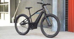 אופניים חשמליים שחורים שטח