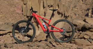 פותח אופני הרים חשמליים